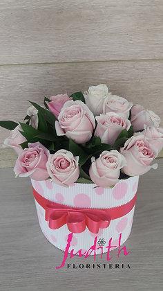 T68- Caja Pequeña en Rosas