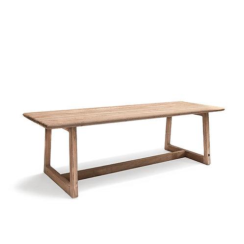 MBB Table Dennis L