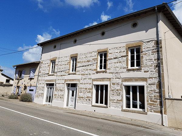 Ravalement de façade et pierre décorative