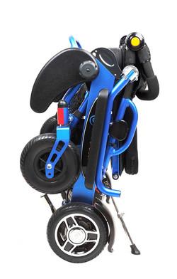 Geo Cruiser-LX-Blue-Folded