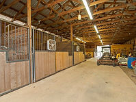 4,800 sq foot barn offering two guest stalls