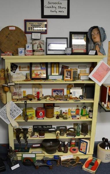 Scrooches Market Shelf