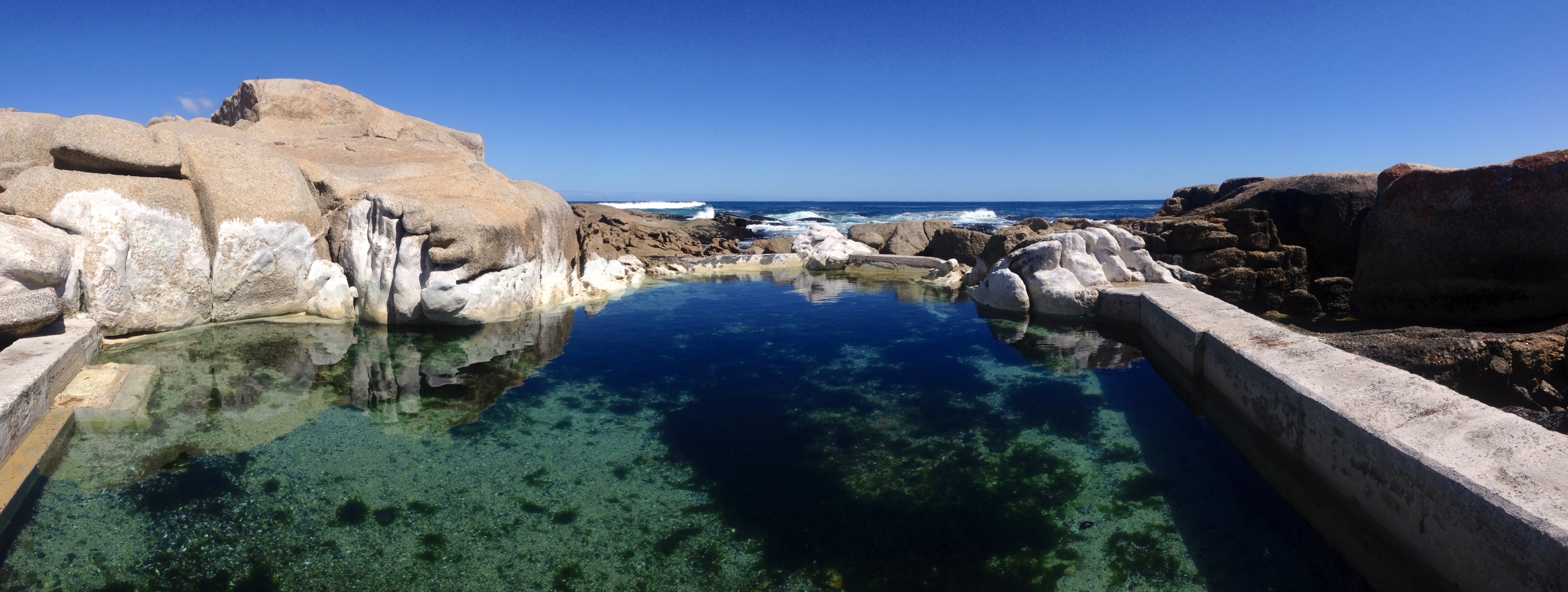 Saunders Pool in Bantry Bay