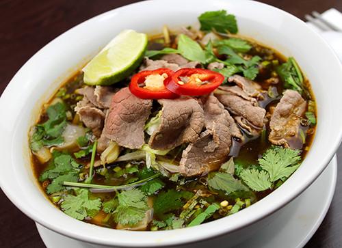 22-Vietnamese-Beef-Soup-Ho-Fun-3.jpg