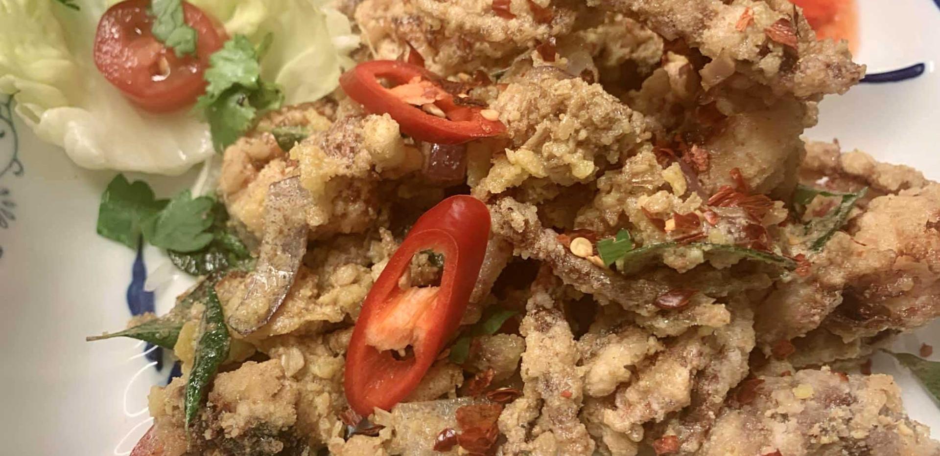 Fragrant-salted-egg-soft-shell-crabs.jpg