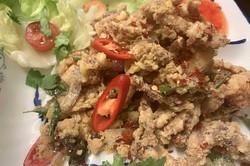 Fragrant-salted-egg-soft-shell-crabs