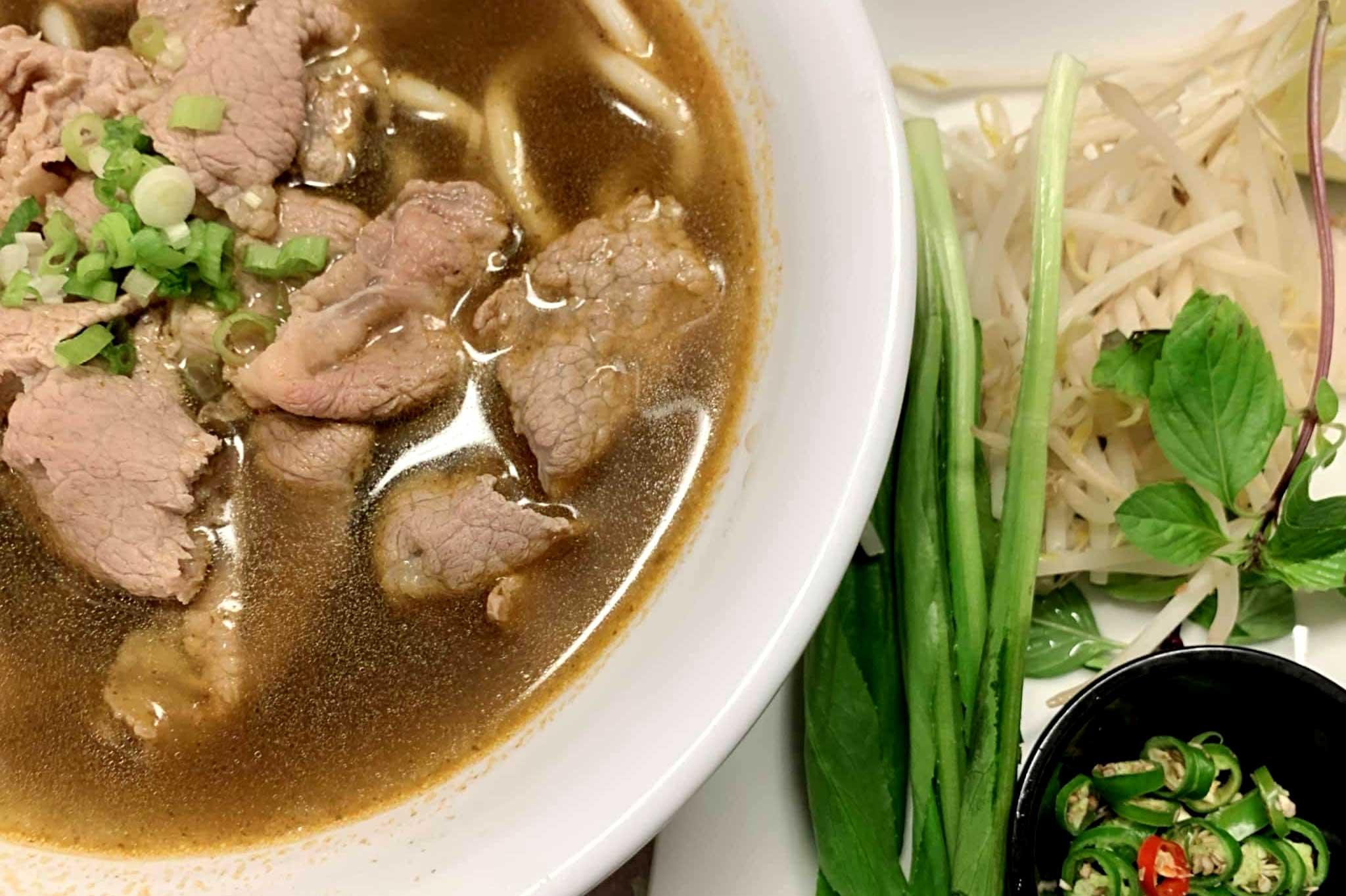 Vietnamese-Beef-Soup-Hofun