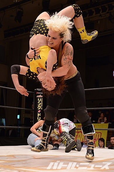 Ampha Female Wrestling in Japan