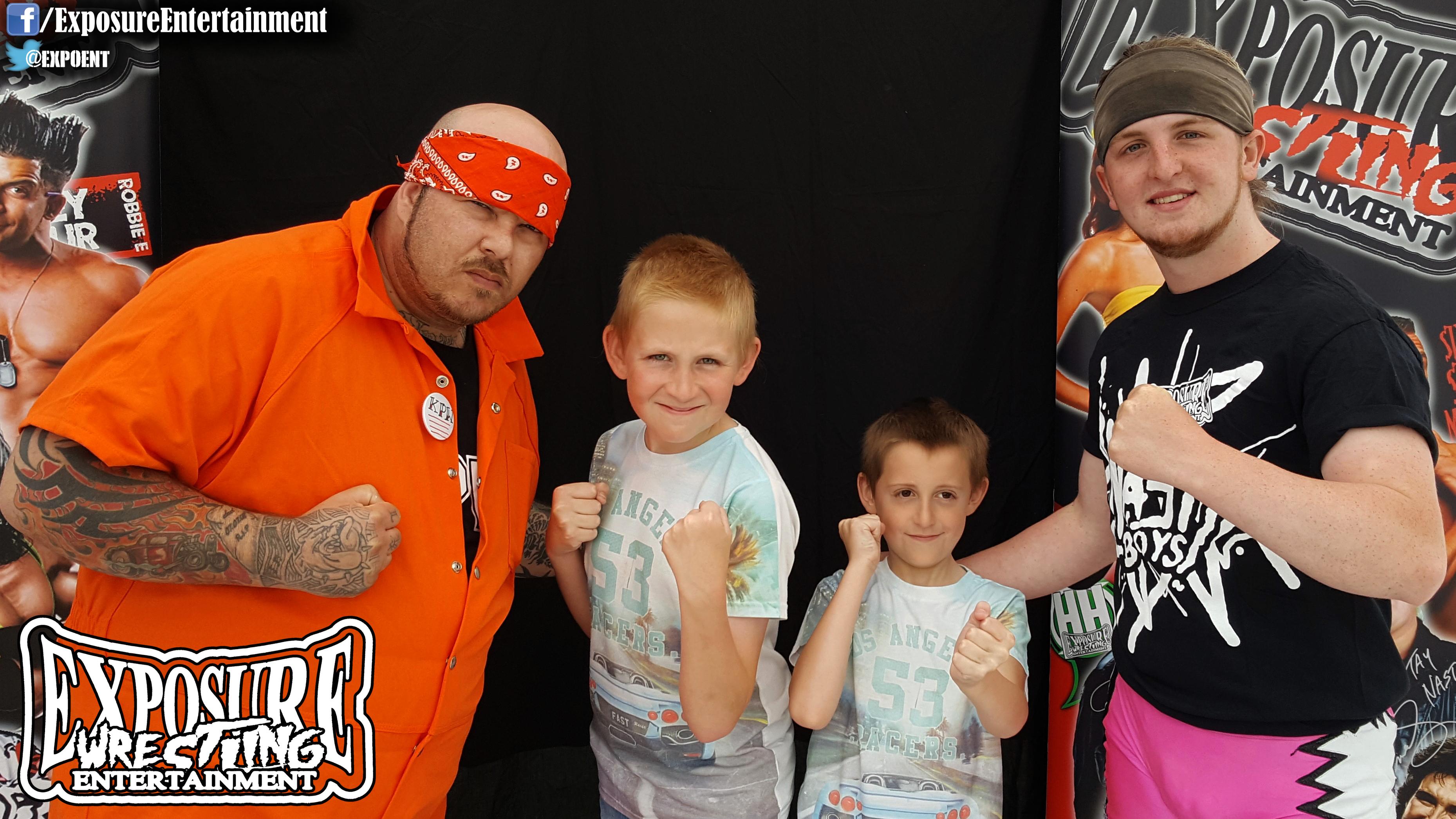 KOBE, Axel Carter & Fans