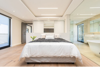 Penthouse sold in 30 days (3 months empty)