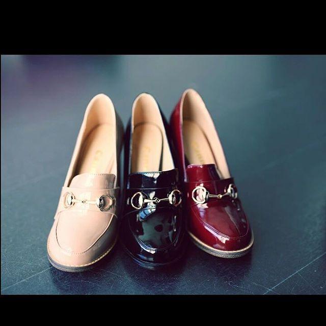 #real_imagination _#خيال_حقيقي_حذاء عملي بتصميم عصري #كعب_عالي يناسب جميع السيدات يتوفر في 3 ألوان ف
