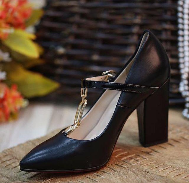 تشكيلة واسعة من الأحذية تتميز بالجودة العالية والتصميم الراقي تقدمها شركة _ كان _ للأحذية النسائية ف