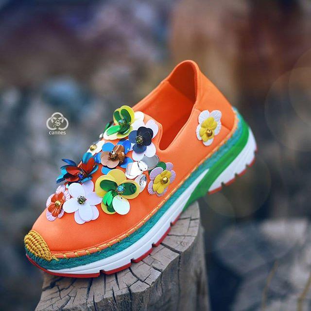 تشكيلة رائعة من الاحذية الرياضية في محلات #كان _#حذاء رياضي بألوان زاهية وتصميم خيالي بالاضافة للجود