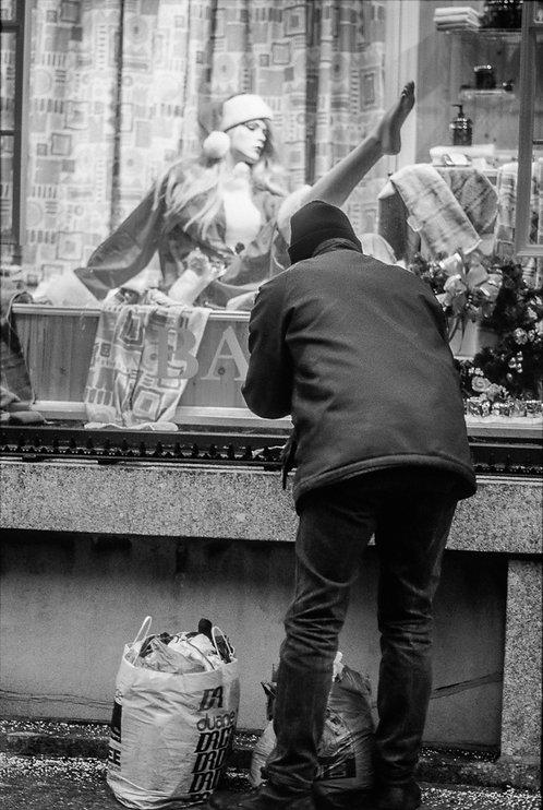 New York, Poverty #5  By Jacob Elbaz