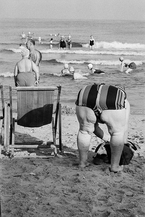 Israel, On Tel Aviv beach  By Jacob Elbaz
