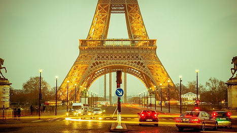 eiffel-tower-1156146_1280.jpg