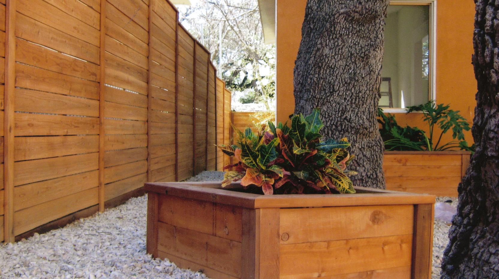 Planter Box4.jpg