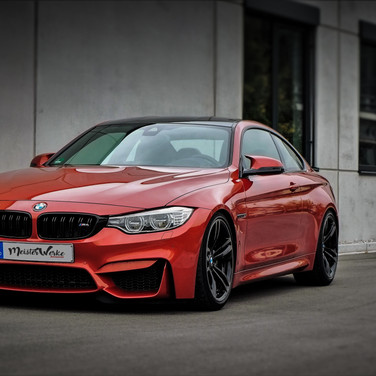 BMW F82 (M4)