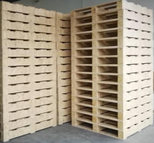 2 Way OSB Pallets stack