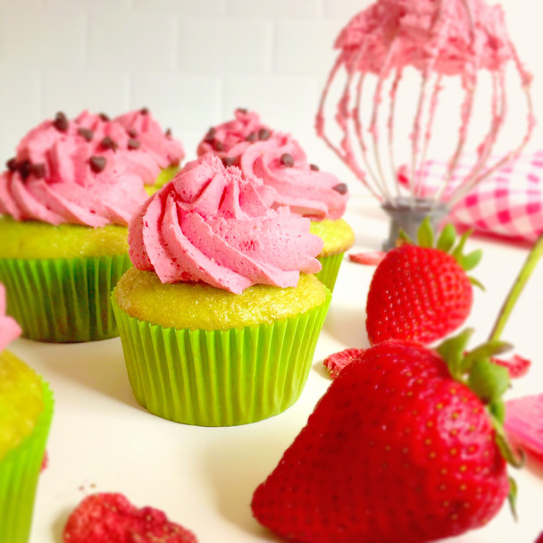 Sugar Free Whipped Strawberry Frosting