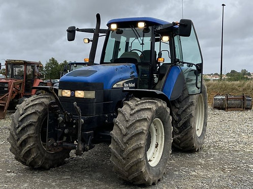 NEW HOLLAND TM 155