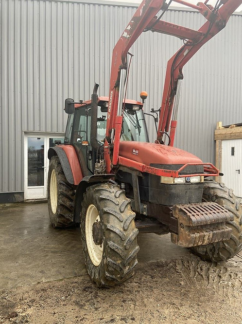 NEW HOLLAND M115 + CHARGEUR