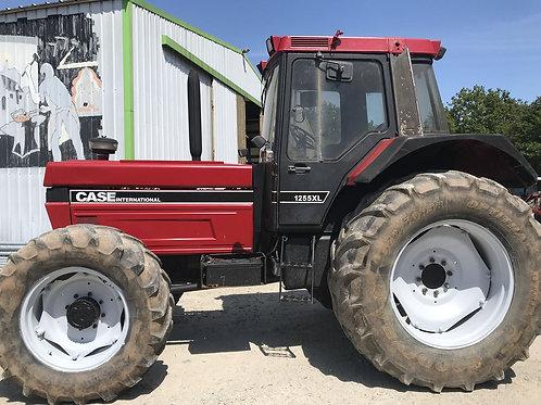CASE 1255 XL