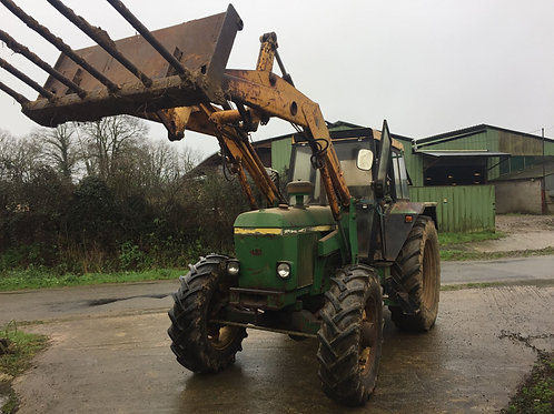 JOHN DEERE 3040 6 Cylindres + Chargeur