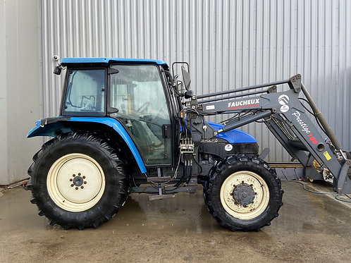NEW HOLLAND TL80 + CHARGEUR