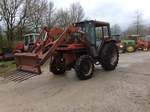 CASE IH 745 S + CHARGEUR