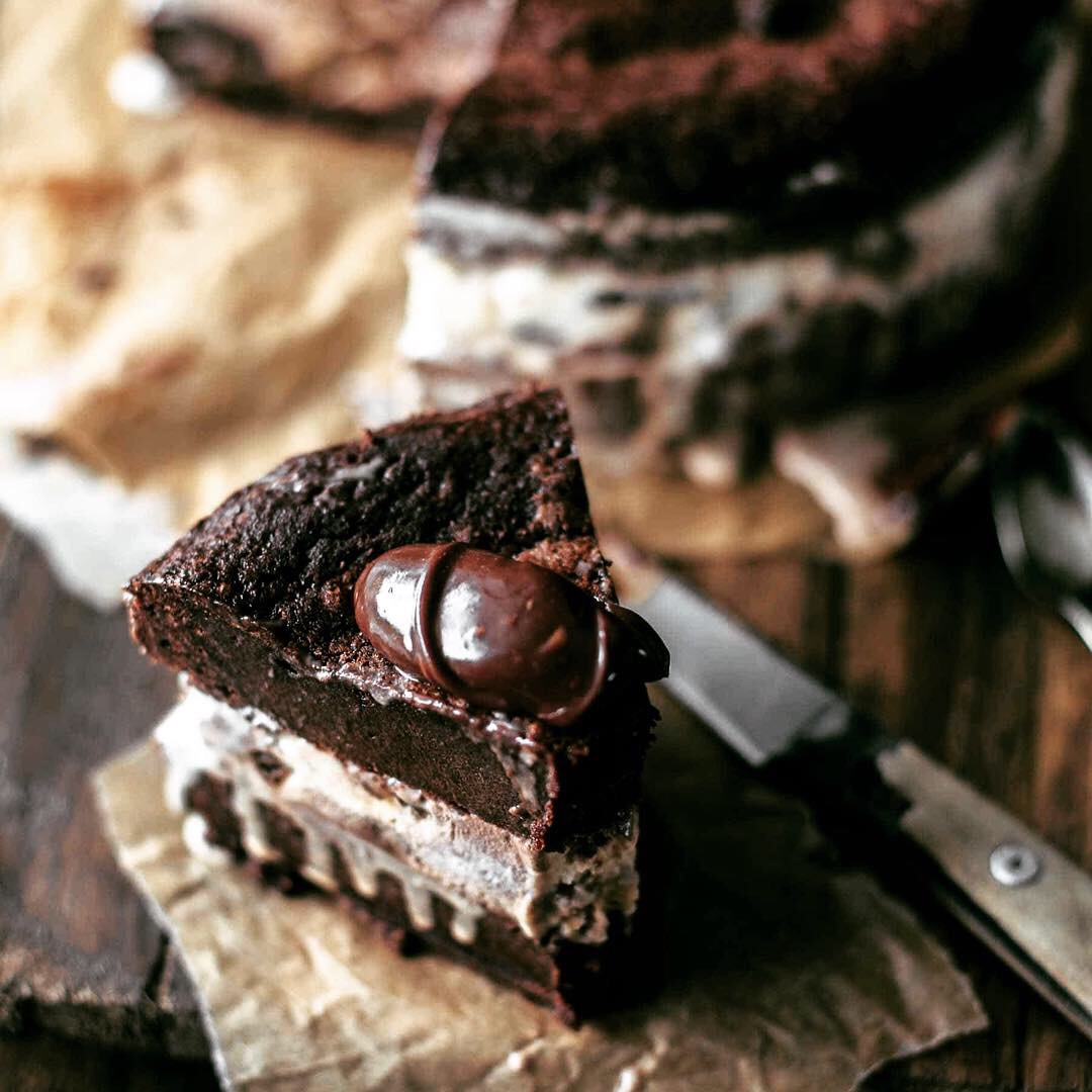 chocolate fudge brownie truffle cake 3
