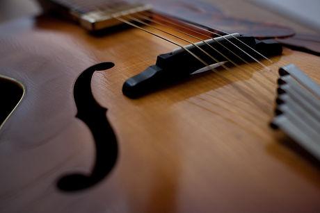 beautiful hofner senator guitar repaired refurbished and set up in essex at malone guitars