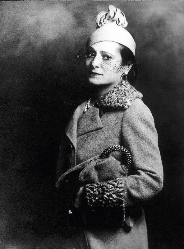 Helena-Rubinstein-image