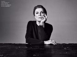 Harper's Bazaar: Alla Demidova