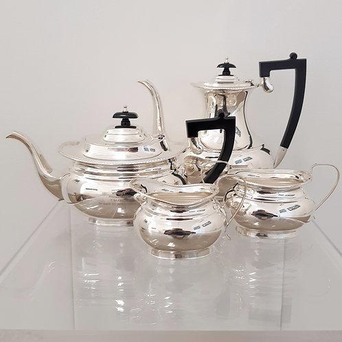 Servizio da tea e caffè in 4 pezzi Garrad e Co 1909 Galleria Papier