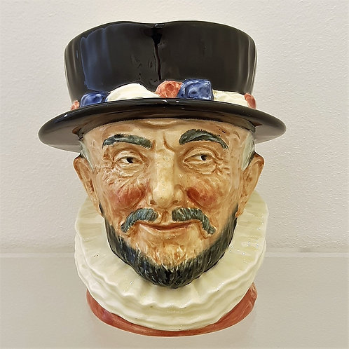 toby jug beafeaters 1946 Royal doulton Galleria Papier