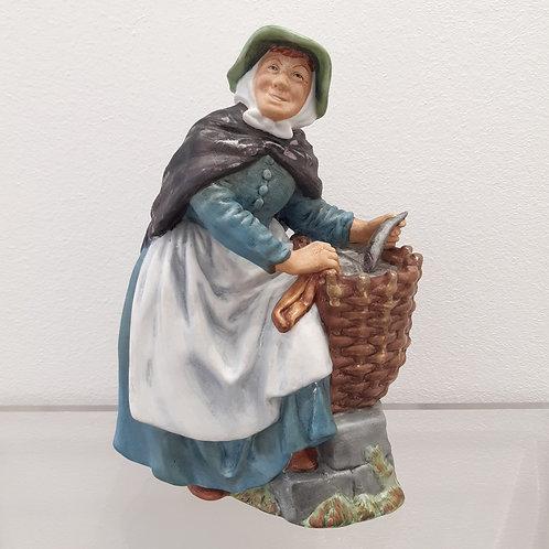 Figurine - Old Meg Royal Doulton Galleria Papier