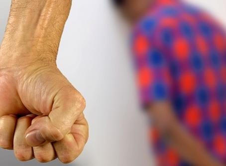 Como identificar um abusador no contexto doméstico.
