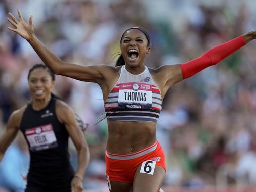 Gabby Thomas rompe récord olímpico
