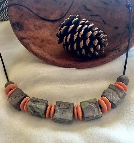 Porcelain bead necklace 2