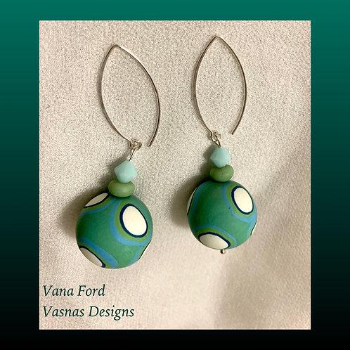 Spot earrings in aqua