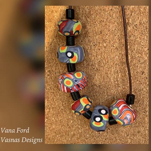 Set of 6 beads