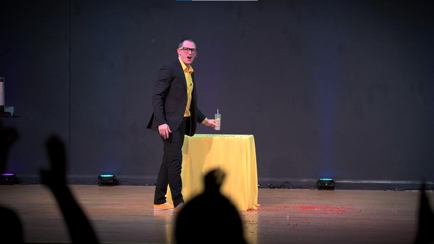 Kev Stevens Magician