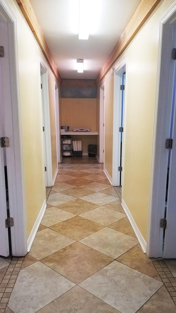 Starke Hallway