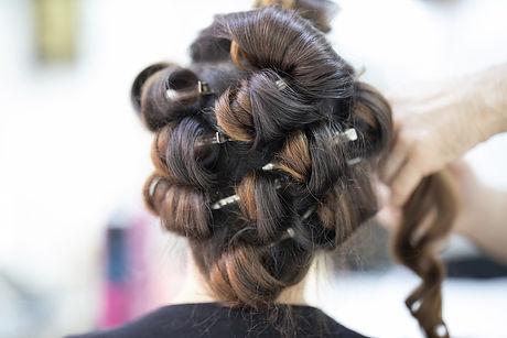 hairdresser-4682901_1280.jpg