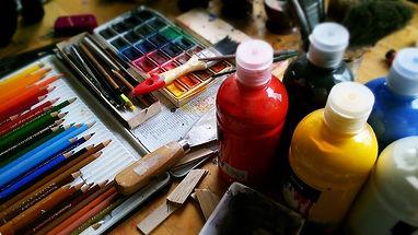 painting_pencils_pens_watercolour_paint_