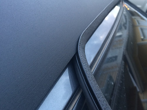NOISE REDUCING EDGE TRIM