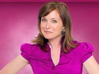 TV Hosting Tips: What Isn't a Good Headshot for Hosting?