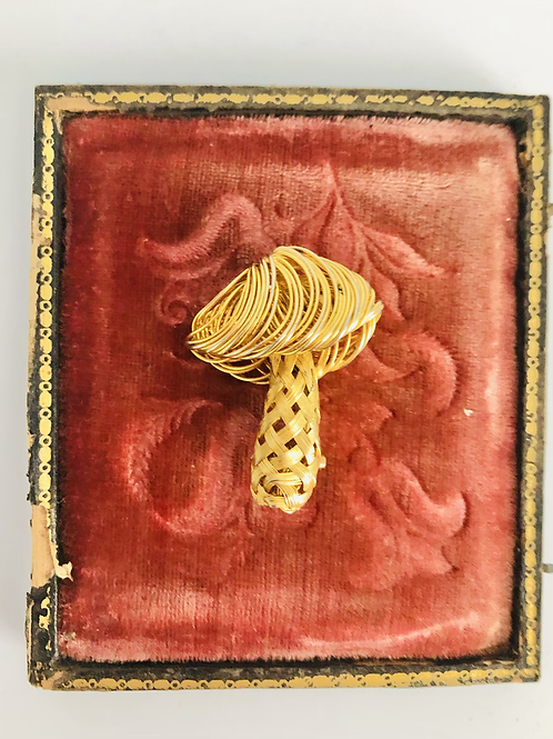 Vintage Gold Magic Mushroom 1960s Broach Pin