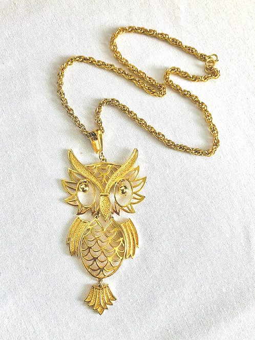 Vintage Large Gold Ornate Owl Pendant Necklace